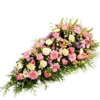 dessus de cercueil pastel